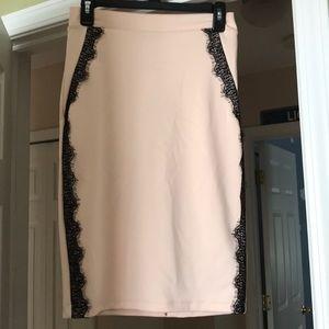 Light pink pencil skirt size M - NWT